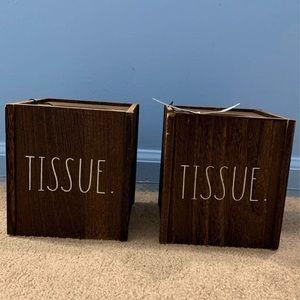 Rae Dunn tissue box